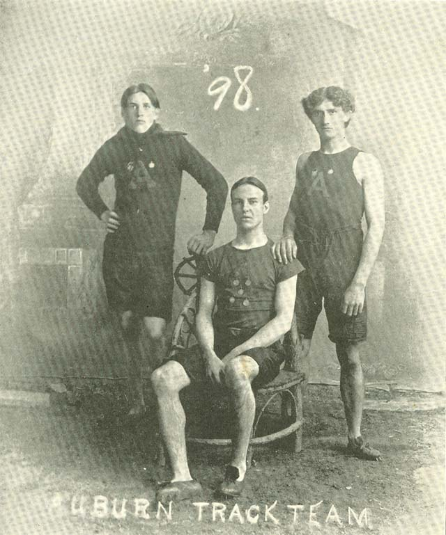 1898 Track Glomerata
